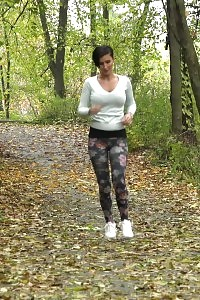 Dazzling Dark Haired Girl Pisses While On A Jog