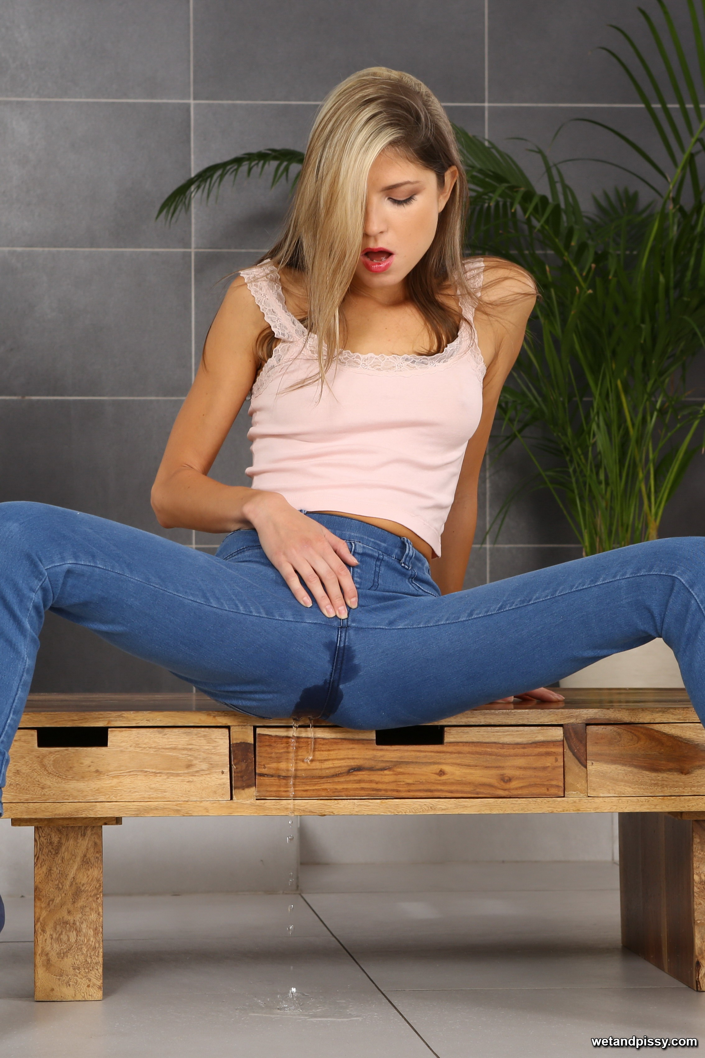 Gina Gerson - Filthy sly puss Gina catches her piss in a